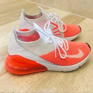 RARE Orange Size 6 Nike Airmax 270 Flyknit